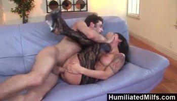 Sexo durísimo por el culo con una zorra latina insatisfecha