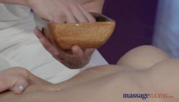 Esposa argentina disfruta con una polla metida en su gran culo